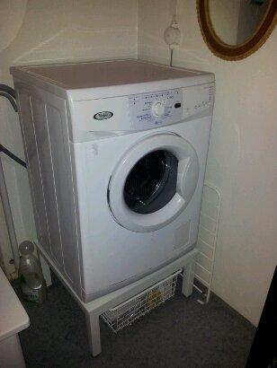 Upphöjning av tvättmaskin